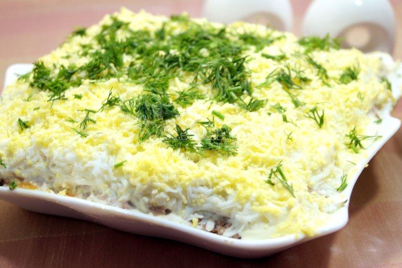 Салат из печени с морковью луком яйцом