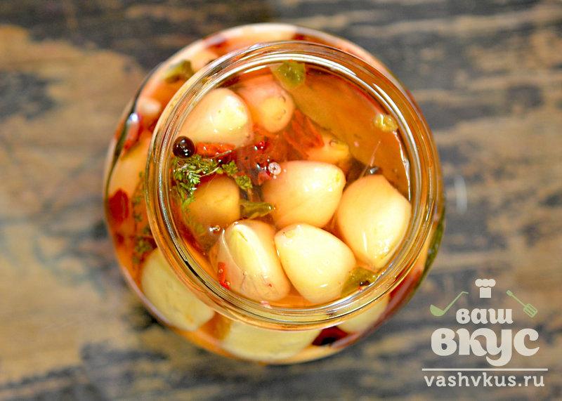 Пошаговый рецепт маринованного чеснока