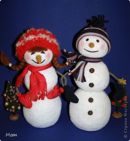 Объемный снеговик из ватных дисков своими руками фото