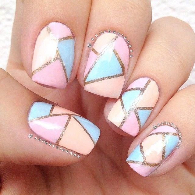 Геометрический дизайн на ногтях фото