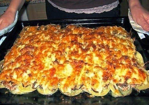 Картошка по-французски с грибами и мясом в мультиварке рецепты с фото