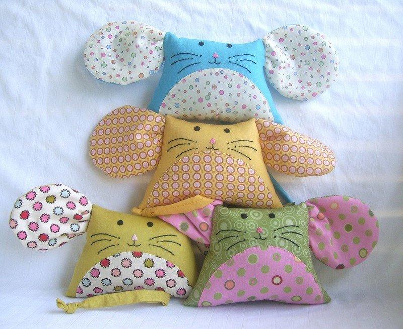 Подушки в детскую комнату своими руками 2