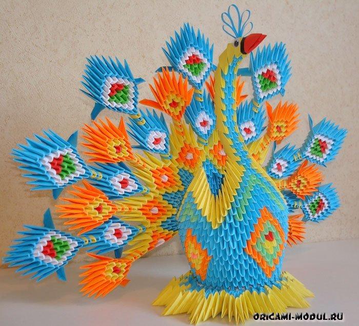 Модульный оригами красивый павлин