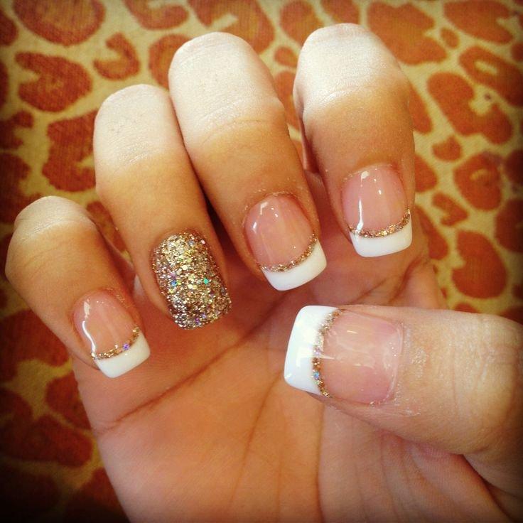 Дизайн ногтей белый с золотом френч