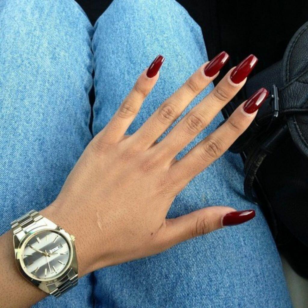 Маникюр с длинными ногтями