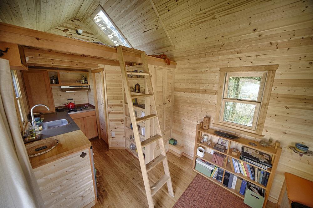 Загородный домик своими руками фото 35