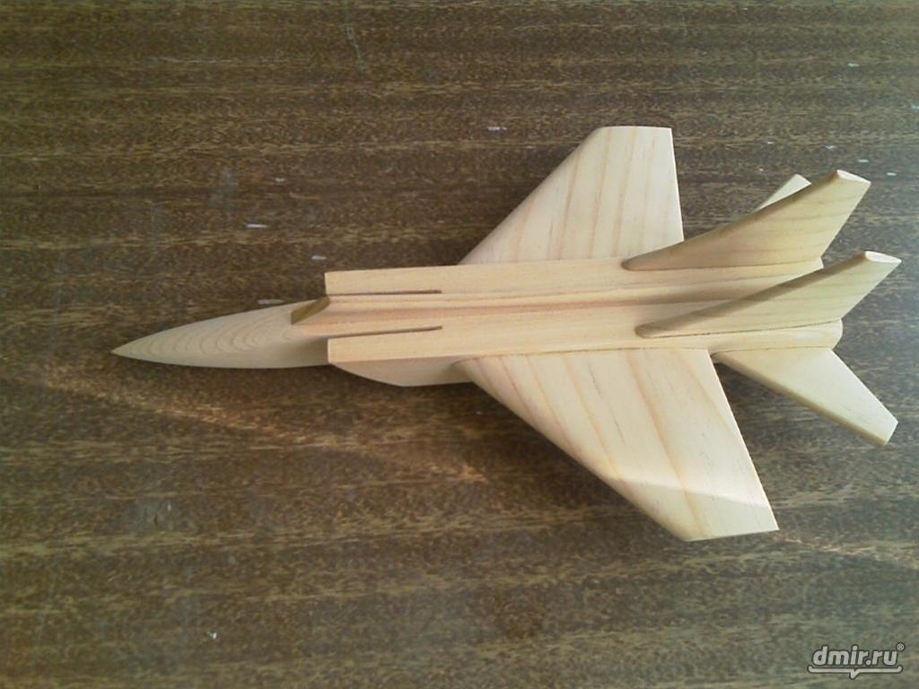 Сделать своими руками самолет из дерева