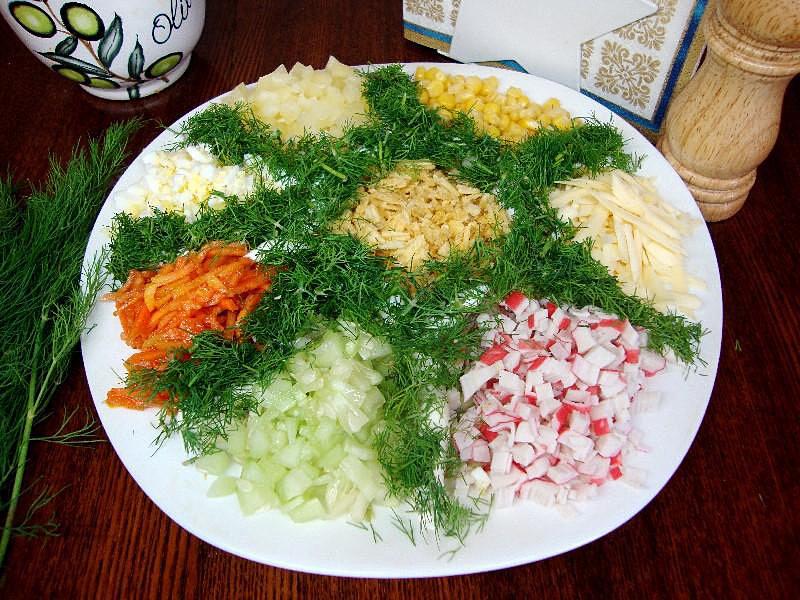 Салат цветик семицветик с корейской морковкой