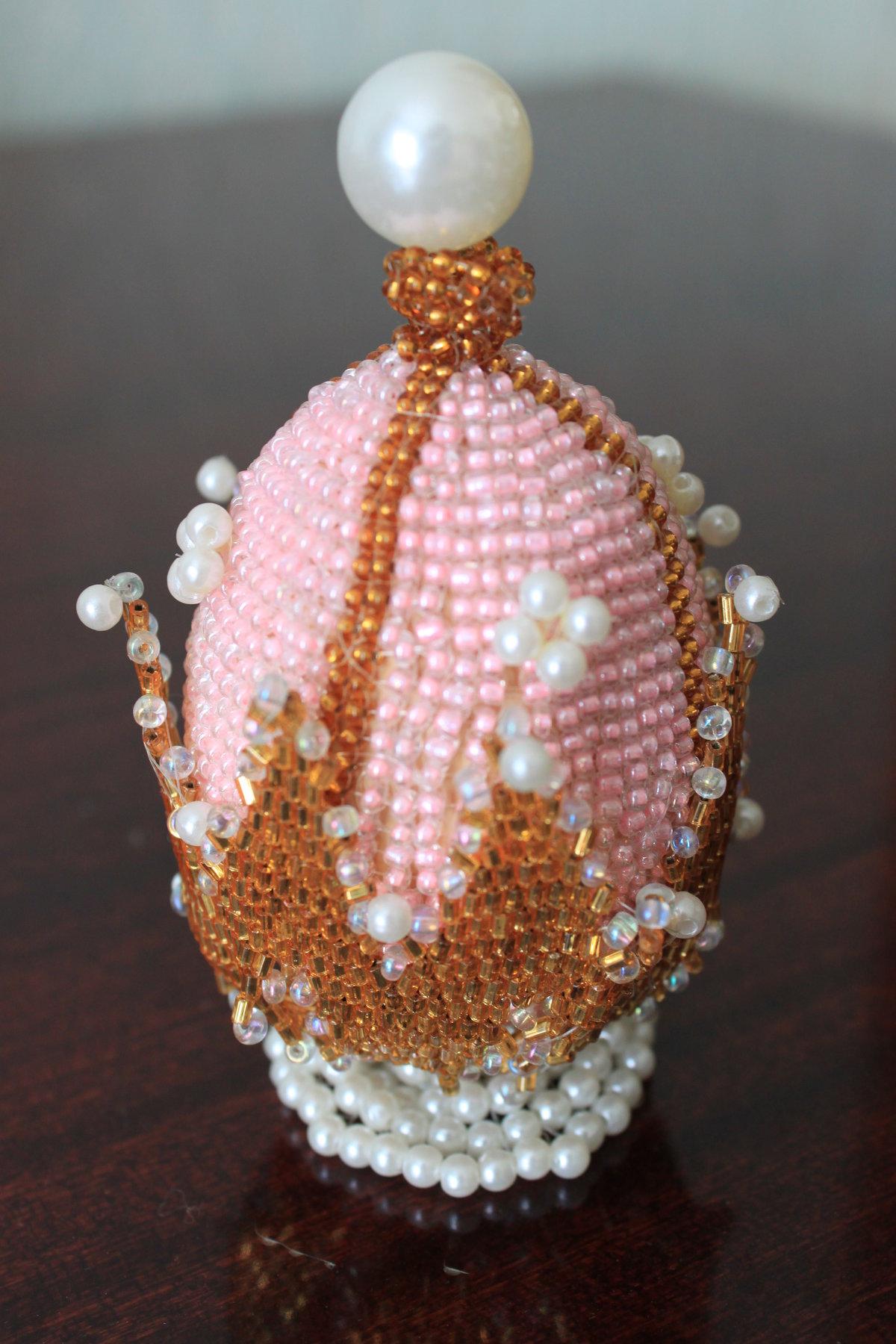 Яйцо фаберже из бисера фото