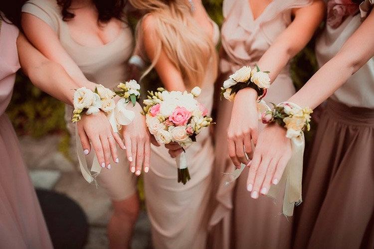 Букет на руку для подружек невесты своими руками 183
