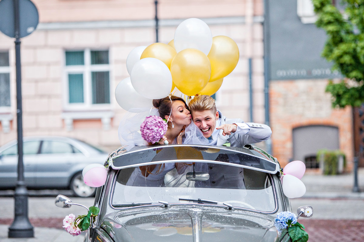 Свадебные украшения на машину своими руками. Как украсить машину на 19
