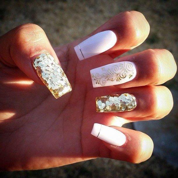 Дизайн ногтей золото с белым