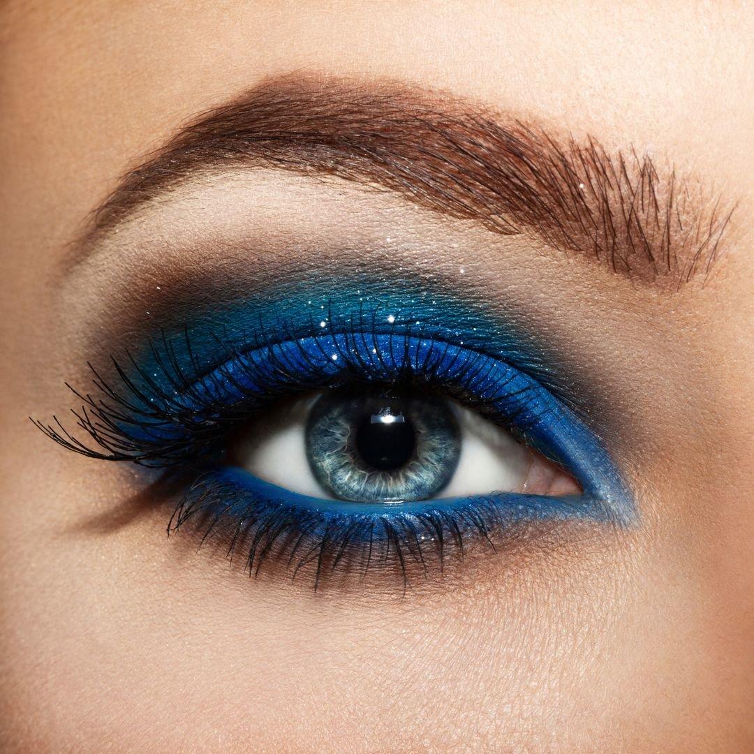 Как сделать макияж из синих и голубых теней