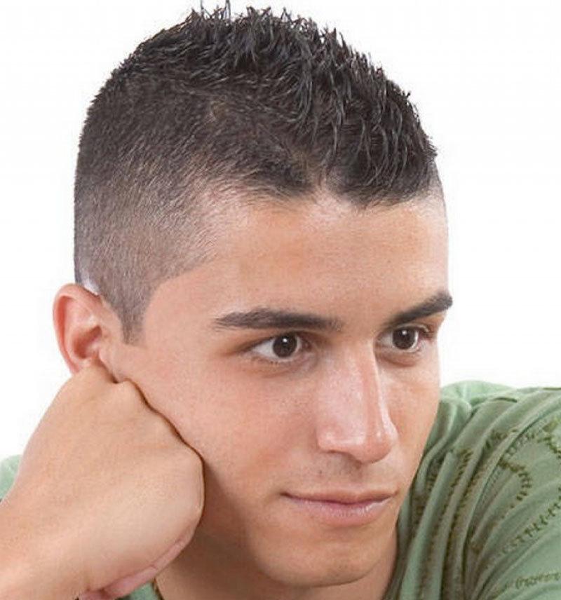 Фото причесок на короткие волосы для парней 99