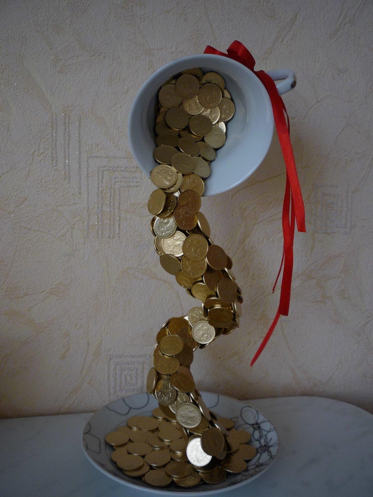 Что можно сделать из монет? Полезное. или красивое? 10