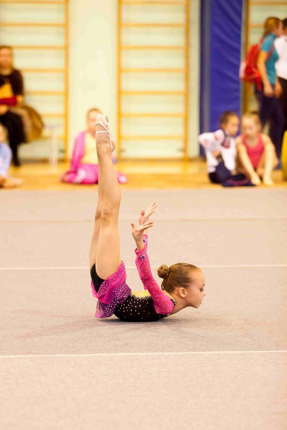 Фото гимнасток детей художественная