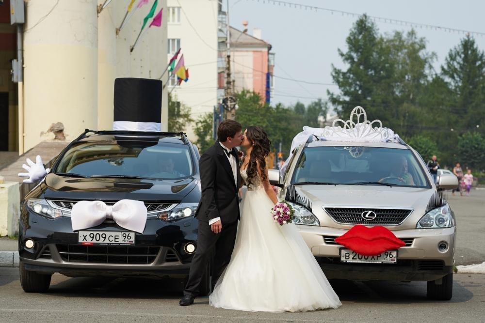 Украшение машины жениха на свадьбу своими руками