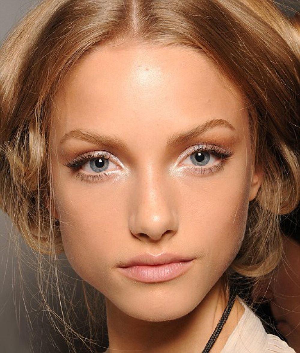 Как сделать нюдовый макияж для глаз