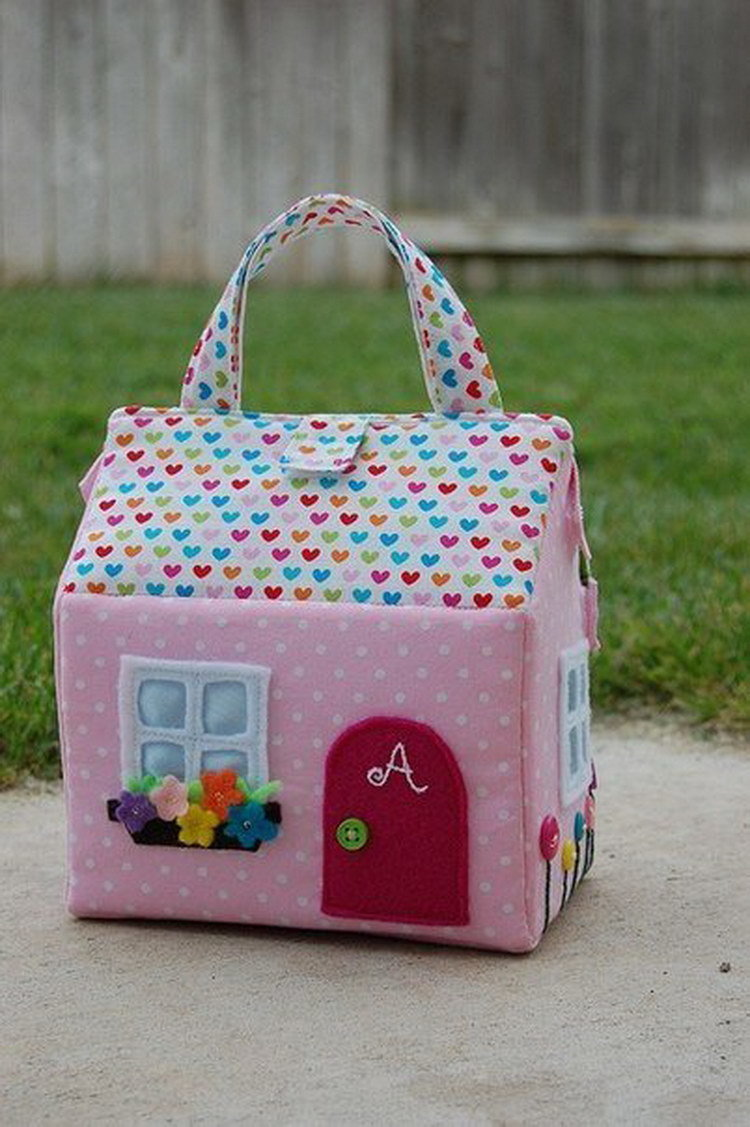 Мягкий домик для куклы своими руками 250