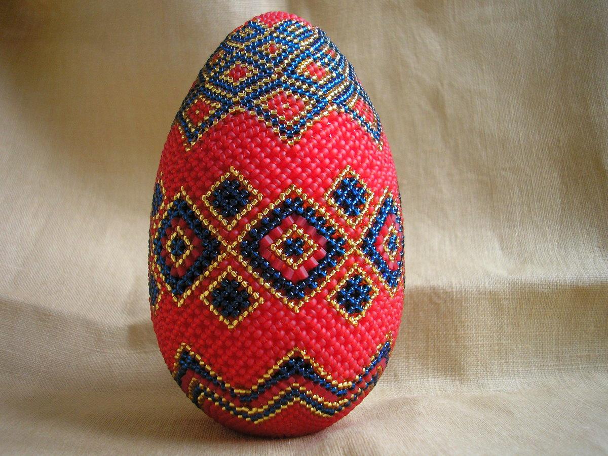 Пасхальное яйцо из бисера фото