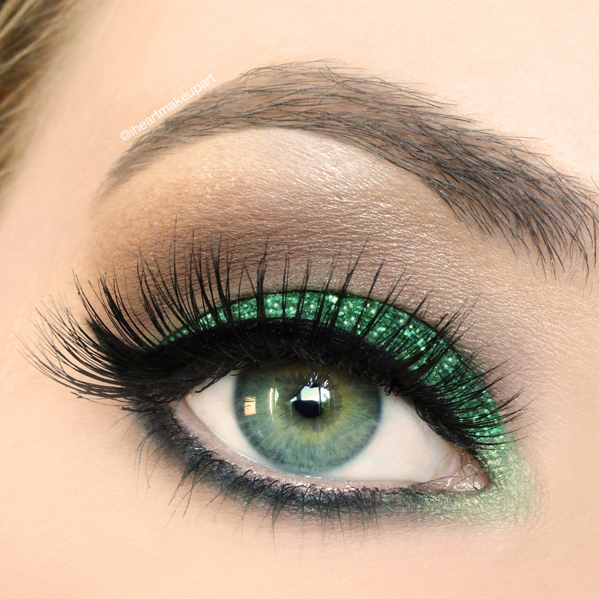 Макияж для глаз розово-зеленые тени фото