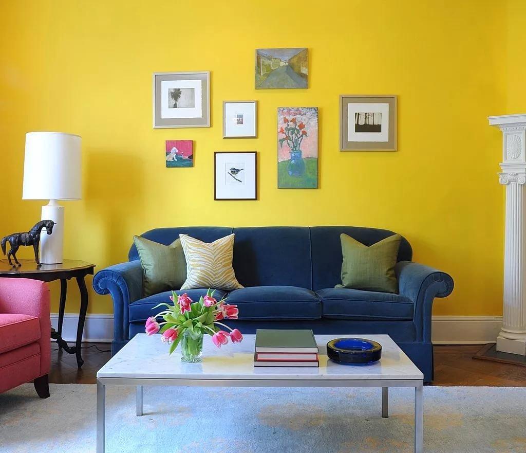 Сочетание горчичного цвета с другими цветами в интерьере фото