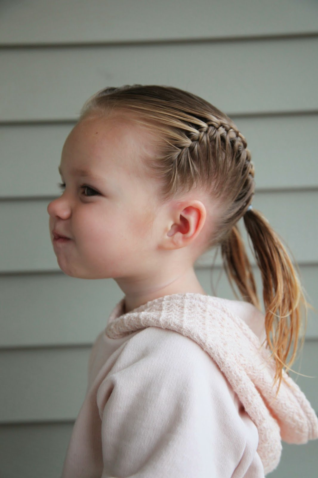 Прически для девочек 3 год