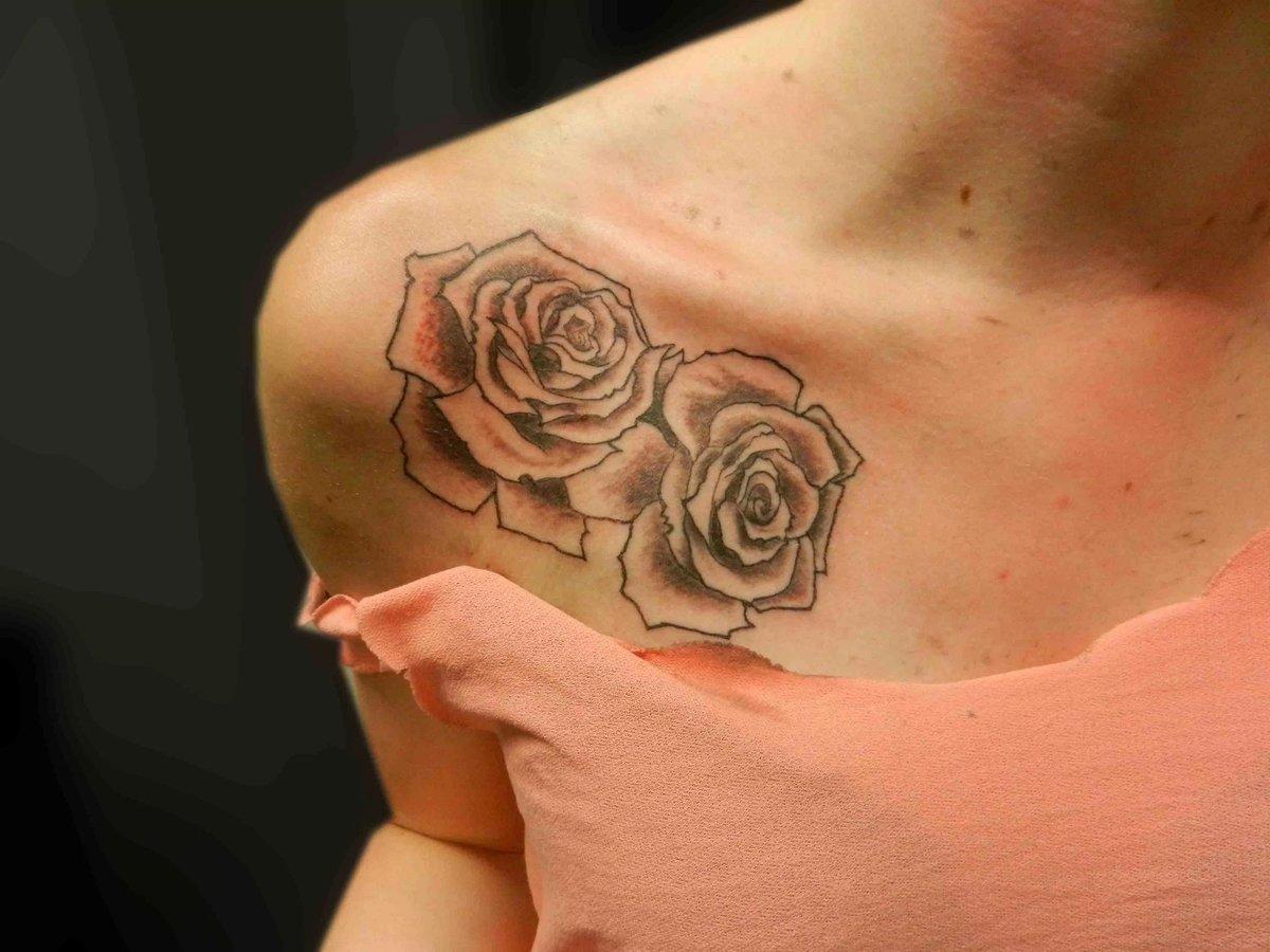 Татуировка женские на плече фото