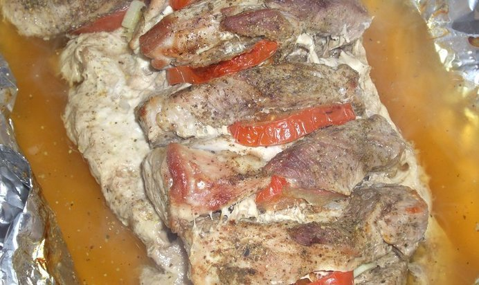 Как запечь свинину в фольге в духовке рецепт пошагово с