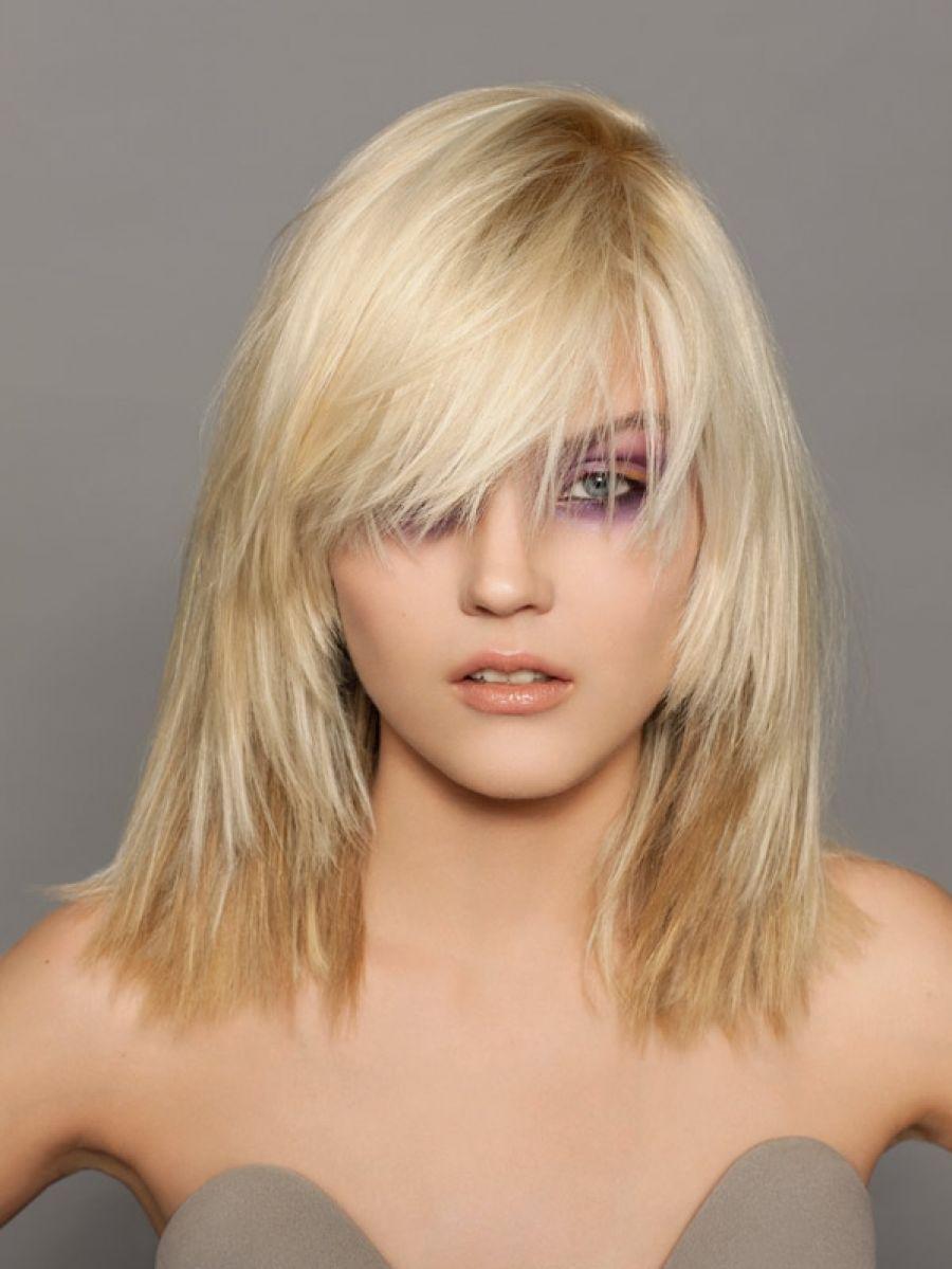 Фото прически с челкой на белые волосы