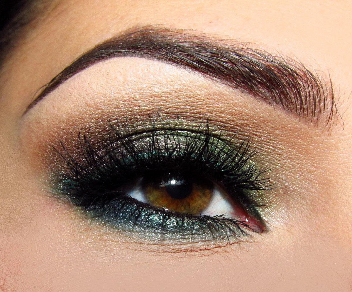 Макияж для глаз зелено-карих глаз