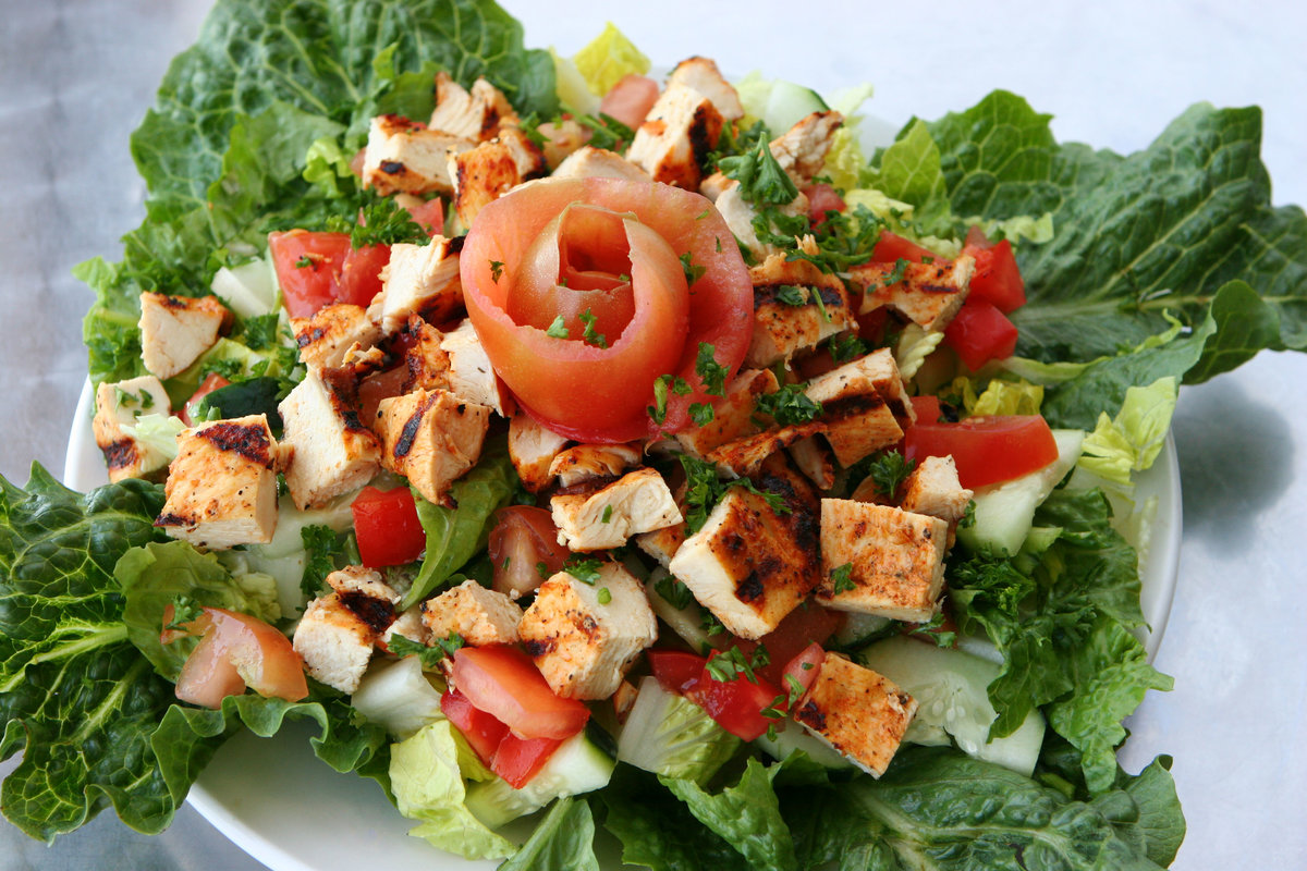 Салаты с листьями салата рецепты с простые и вкусные