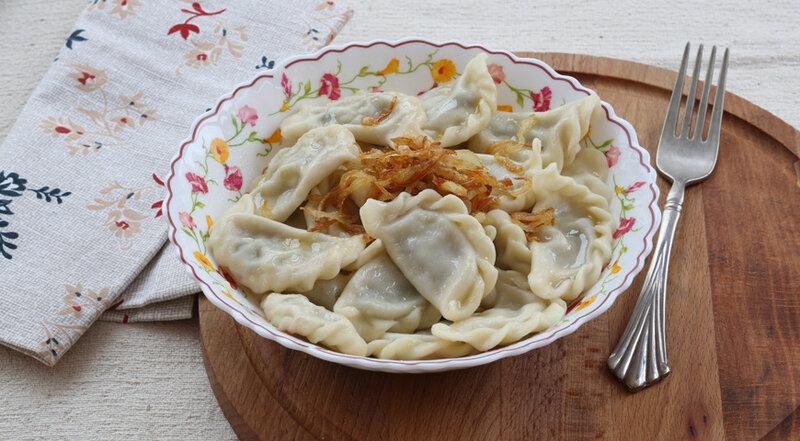 Вареники с картошкой и жареным луком пошаговый рецепт с фото