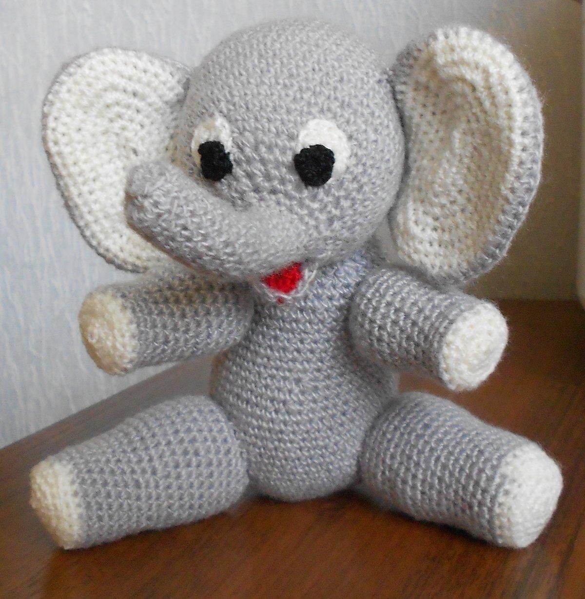 Связать слоненка крючком