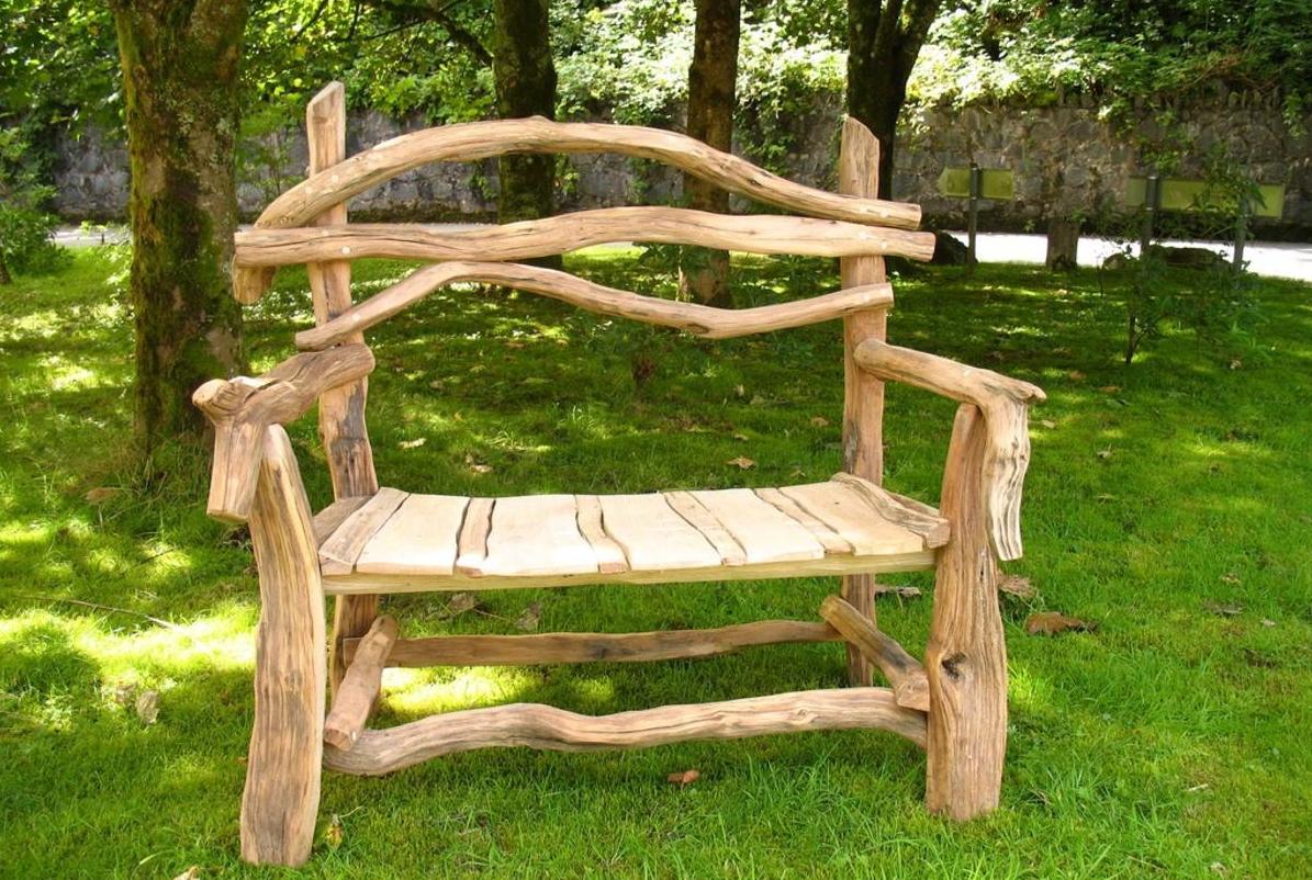 Садовый интерьер из дерева фото