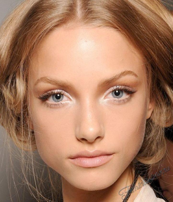 Естественный макияж для голубых глаз русые волосы