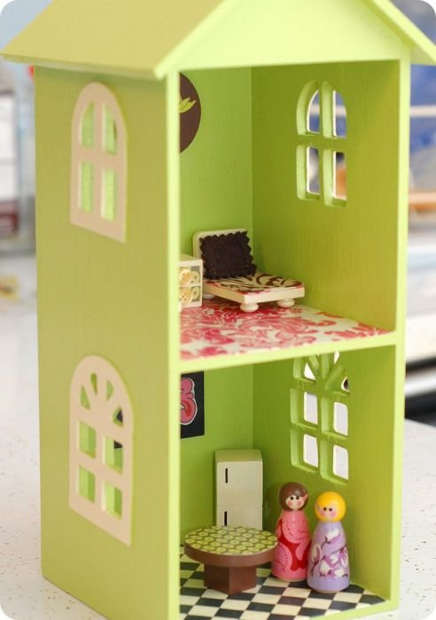 Как сделать домик для маленькой куколки 450