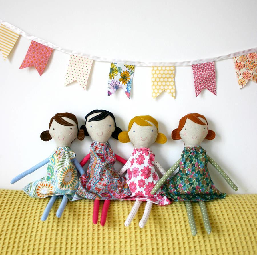 Сшитые из ткани куклы 43