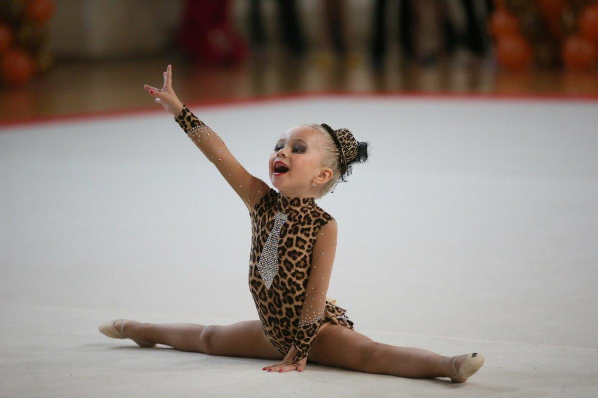 Фото с детьми гимнастками