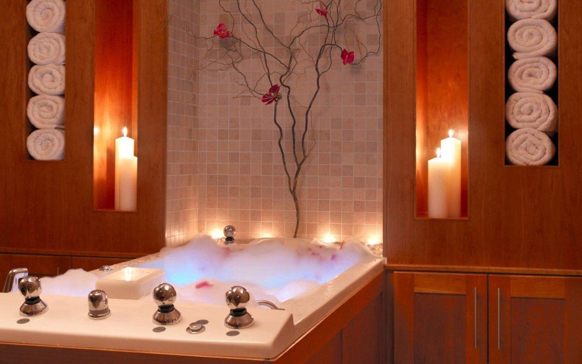 Декор в ванной своими руками