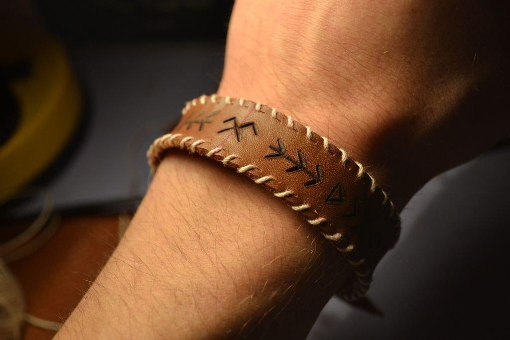 Как сделать кожаные браслеты своими руками 25