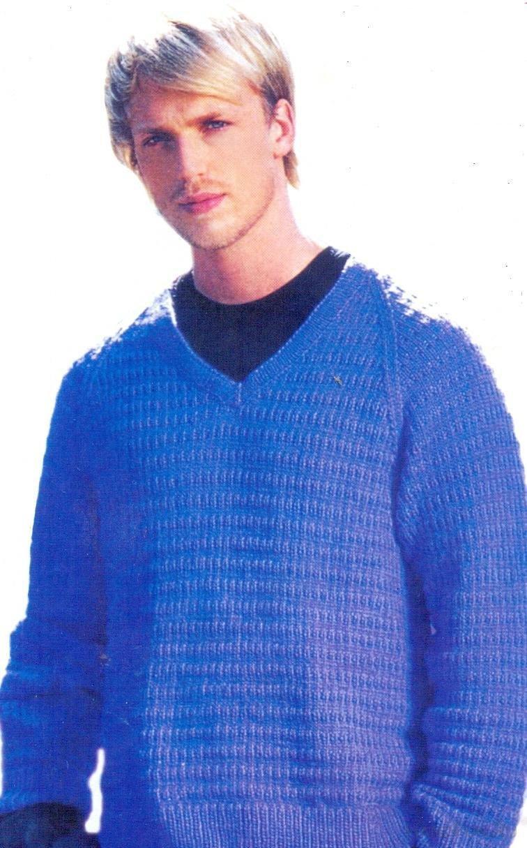 Вязание на спицах мужского пуловер 285