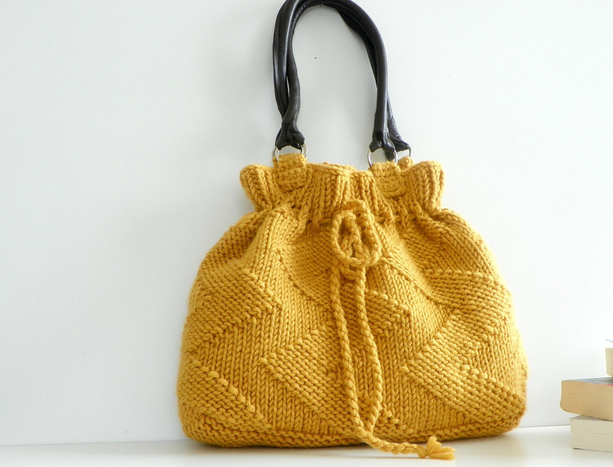 Модные вязаные сумки на 2018 год: фото стильных изделий и