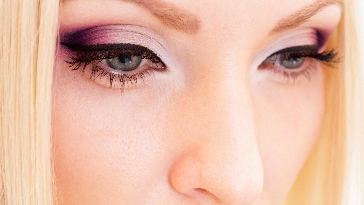 Макияж нежный для светло карих глаз