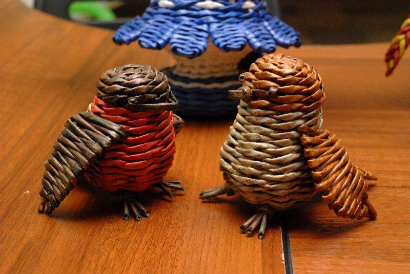 Интересные изделия из газетных трубочек - карточка от пользователя Gunivera в Яндекс.Коллекциях