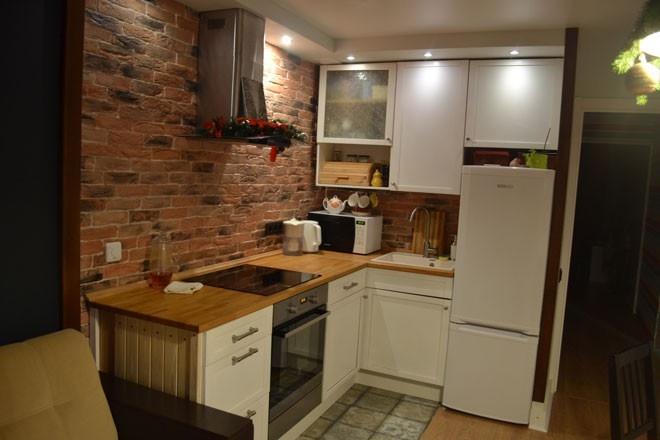 Кухня угловая 12 кв м с холодильником дизайн.