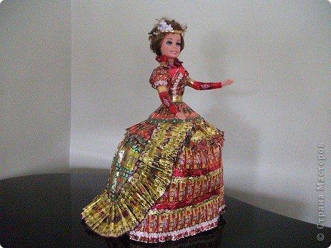 Кукла из фантиков своими руками