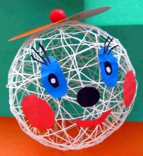 Вот такие идеи того, как самим сделать шар из ниток