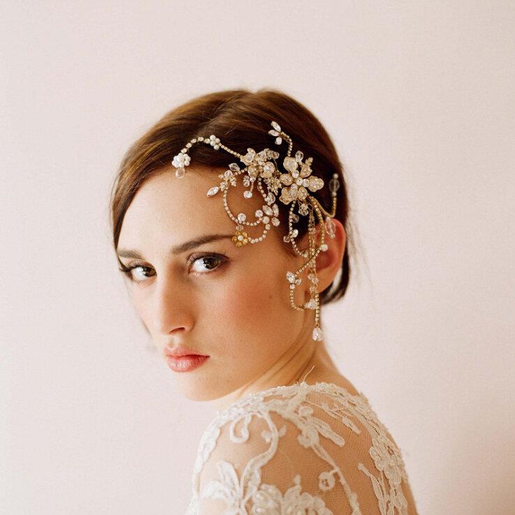 Модное украшение для невесты