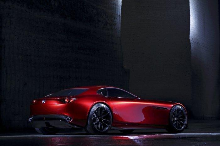 спортивный желтый автомобиль Mazda RX-Vision концепт  № 727289 без смс